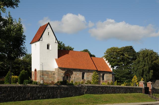 Tapdrup Kirke photo
